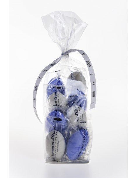 Ballotins de 10 savons galets blancs et bleus